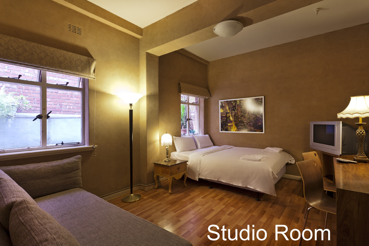 SPECIAL STUDIO SUITE: Double Bed - click to see an enlarged version of this image